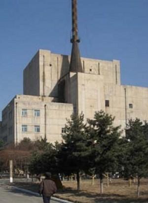 북한 영변에 위치한 5MW 원자로의 모습. - 위키미디어 제공